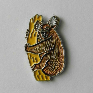 ZPs2 Skunk Animal Lapel Pin Badge
