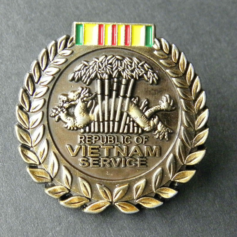 Vietnam Veteran 1959-1975 Lapel Pin