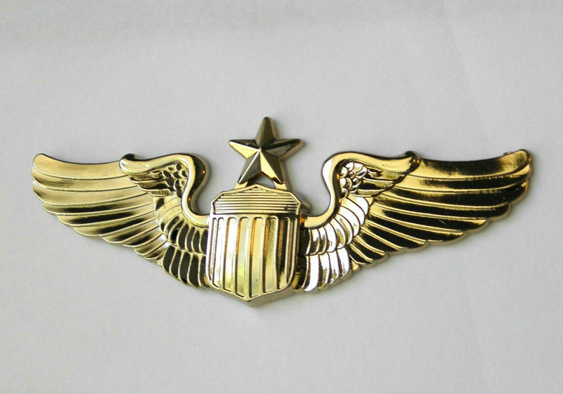 USAF Air Force Large Senior Pilot Gold Colored Wings Lapel Pin Badge 3  Inches
